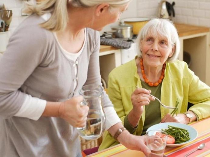 уход за пенсионером в Ялте