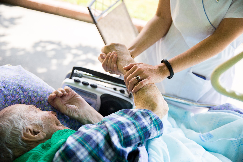 забота о больном онкологией